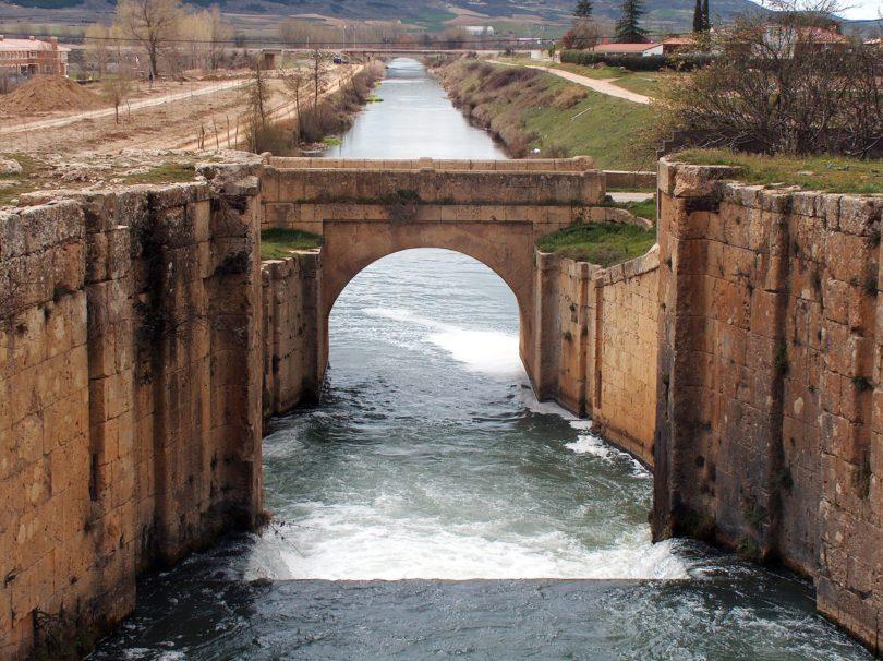 ROMANICO Canal de Castilla-Palencia