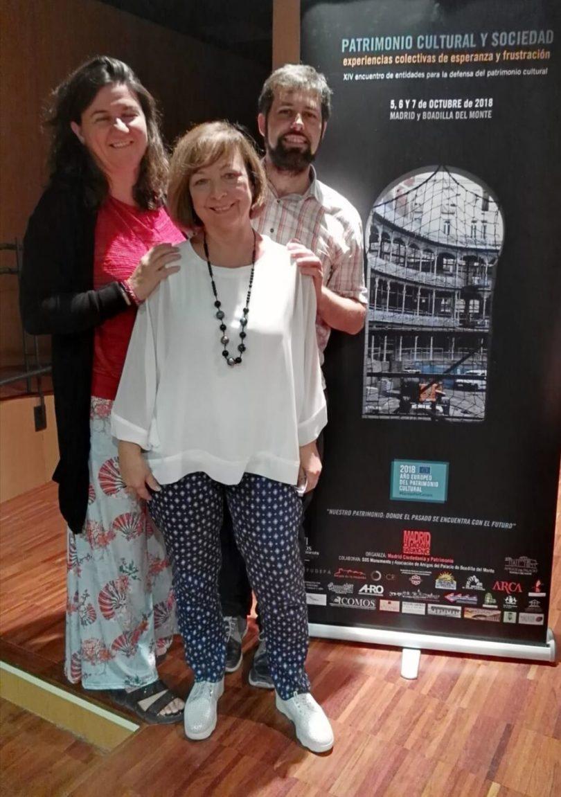"""María Teresa Pérez de """"Amigos de la Alcazaba"""" con Álvaro Bonet de """"Madrid, Ciudanía y Patrimonio"""" y Alicia Castillo de """"ICOMOS-España"""""""