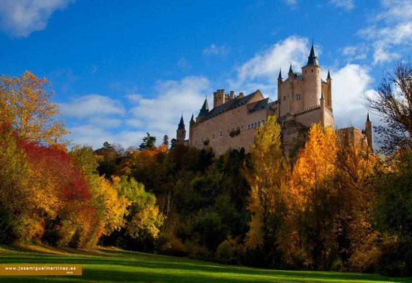 Otoño-en-el-Alcázar-de-Segovia